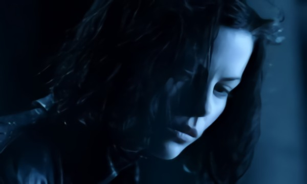 Evanescence - Bring me to life Video: Underworld Автор: Keeper Rating: 4.3