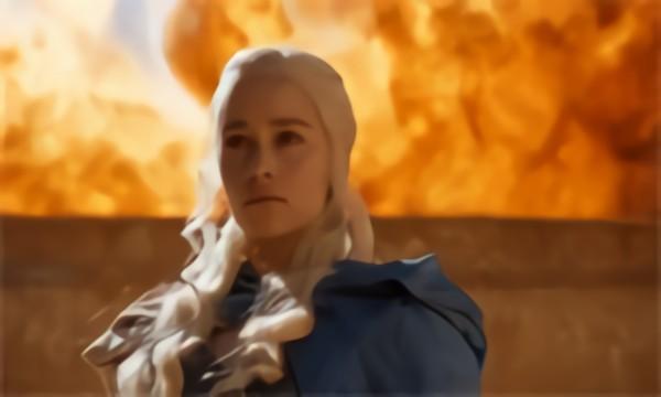 Daenerys Targaryen (Slow Motion)